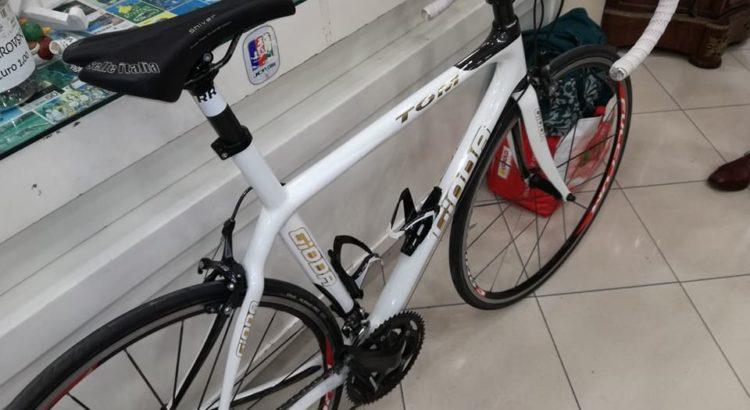 bicicletta carbonio