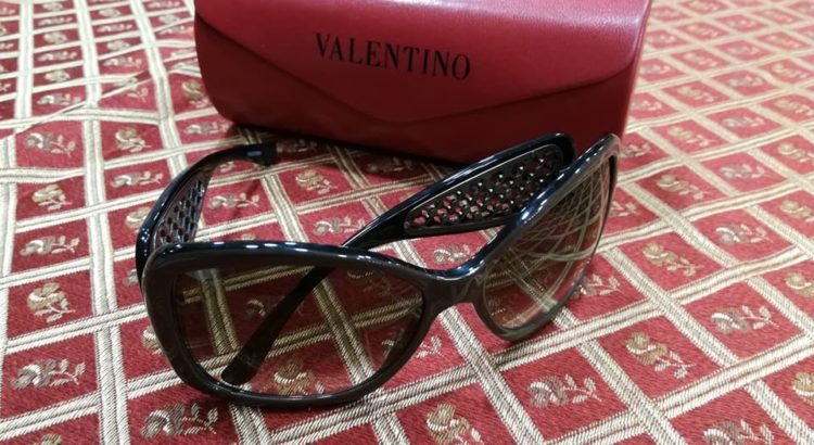 occhiale sole Valentino